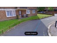 DOWNSIZING!!! Large 4 bed GFF for 3 bed SE16