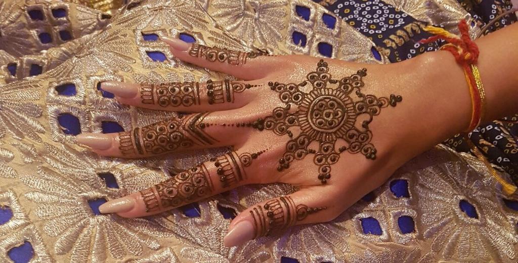 Henna Mehndi Edinburgh : Mehndi by reena henna jagua artist in hounslow london gumtree