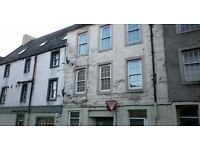 Unfurnished Extremely Spacious 3 Bedroom Second Floor Flat In Perth City Centre.