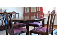 Jentique Extendable Table and 4 Chairs