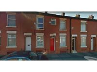 2 bedroom mid-terraced House To Let