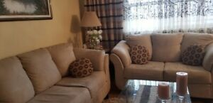 2 SET SOFA IN GREAT CONDITION FOR SALE!