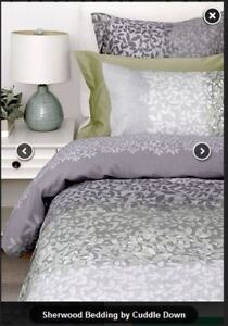 """Sherwood"" (by Cuddle Down) King-size duvet cover and shams"