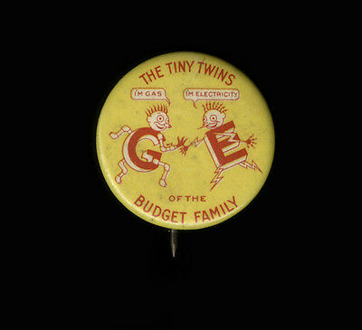 1930s Celluloid Pinback The Tiny Twins, G.E. Budget Family, Gas & Electricity