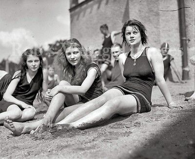 Flapper Women Girls Swimsuits Photo early 1920s Flappers Jazz Prohibition   - Flapper Women
