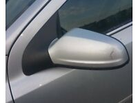 Vauxhall Astra Coupe Mk5 N/S Wing Mirror In Silver (2008)
