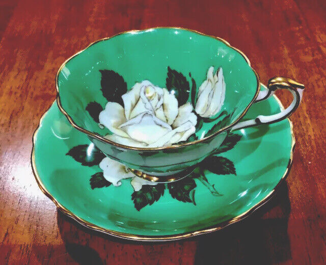Stunning Paragon Bone China White Cabbage Rose On Green Tea Cup & Saucer