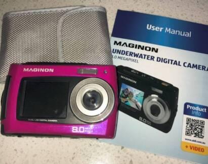 8.0 Magapixel Maginon Underwater Digital Camera, Pink, Case