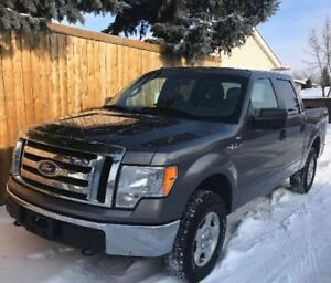 2010 Ford F-150 SuperCrew XLT 4x4 | Price Reduced | Loaded!