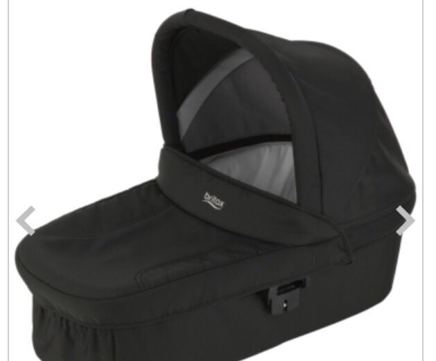Britax B smart pushchair, carrycot and cosytoes