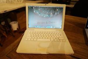 Old Macbook Abbotsford Yarra Area Preview