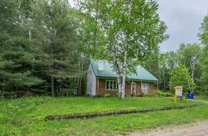chalet à vendre Lac Simon/Cottage for sale Lac Simon