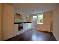 SUPERB, MODERN, NEWLY RENOVATED 2 BED PERIOD FLAT WITH PRIVATE GARDEN IN STOKE NEWINGTON