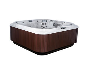Jacuzzi Whitby Floor Model Clearance J-345 Peterborough Peterborough Area image 2
