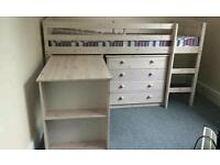 Cabin bed in vg condition
