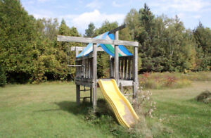FREE play structure - U pick up