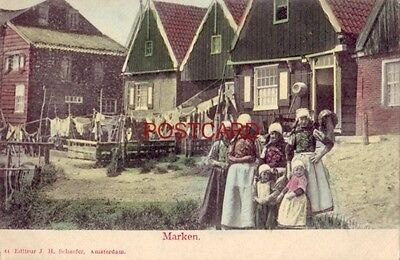 pre-1907 NETHERLANDS. MARKEN - women and children hang the day's laundry