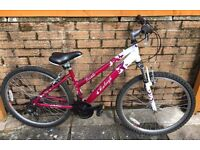 26 inch Raleigh Venture Bike ideal for young female adult