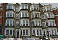 1 bedroom flat in Inglewood Mansions, 289, London, NW6