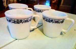 Vintage PYREX Coffee Cup Old Town Blue Onion