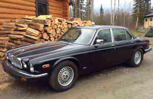 1988 Jaguar XJ12 Vanden Plas Sedan