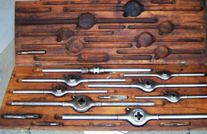 ANTIQUE TAP & DIE SET