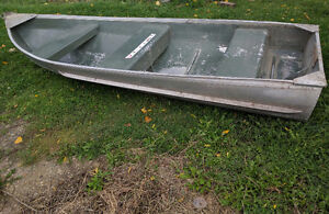 11.5 foot aluminum fishing boat and accessories