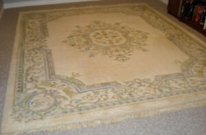 8' x 10' TRADITIONAL WOOL AREA RUG