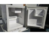 """""""ONLY2DAY""""CHEAP AS CHIPS FRIDGEMASTER TABLE TOP FRIDGE SUPER CONDITION SERVICED £24.95"""