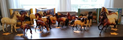 Outstanding Breyer Horse Collection~~Total 20~~5 In Box~~1984~2003~Good Variety