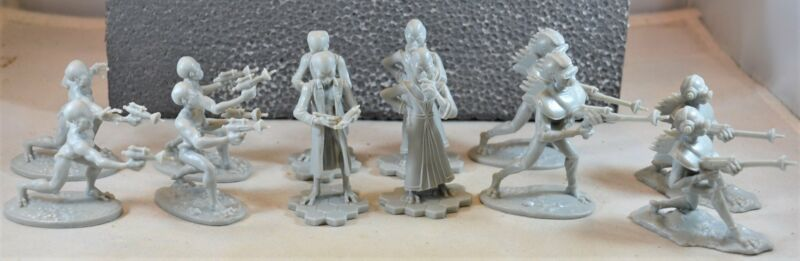LOD  Another Plan from Outer Space Aliens Martians Set Gray