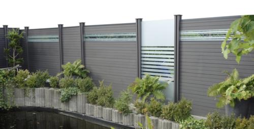 Ein Stabiler Wind Und Sichtschutz Wpc Zaun Anthrazit In Kiel
