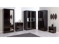 *FREE LOCAL DELIVERY* Black Gloss Bedroom Set - Triple Wardrobe, Chest of 4 Drawers, Bedside table