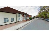 6 bedrooms in Foster Hill Road, Bedford