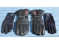 Cold weather gloves with liner gloves