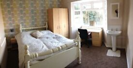 Rooms all bills inc Fast Fibre from £300 pcm close to JLR Coventry + Cleaner