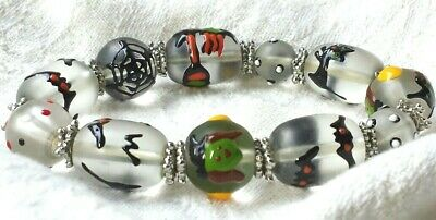 Halloween BEADED BRACELET Glass HAND PAINTED Witch Cat BATS Spider Web BEADS](Halloween Window Paintings)