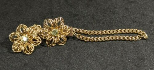Vintage Sweater Clip  Gold Tone Pale Green Stones  Beautiful Sweet  B11-33
