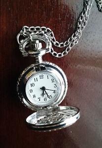 Antique Style Charm Silver Hollow Quartz Pocket Watch
