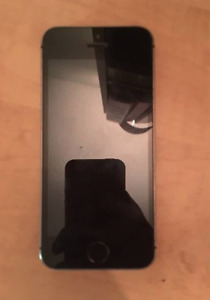 iPhone 5s in near perfect condition