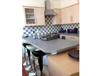 2 bed ground floor flat in Exmouth Avenues - available 1st August