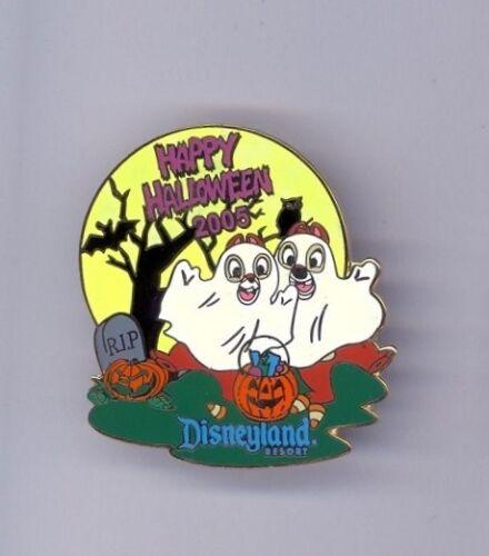 Disney Disneyland Halloween Chip & Dale as Ghosts Glow in the Dark LE Pin
