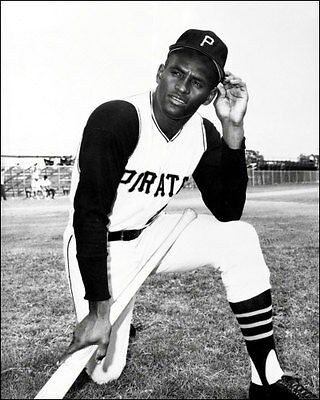 AWESOME BLACK AND WHITE ROBERTO CLEMENTE CLOSEUP PORTRAIT 8x10 PIRATES