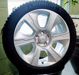 New OEM 21inch Range Rover wheels with brand new Michelin Tires