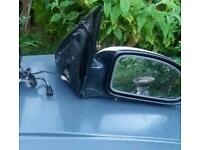Ford Focus mk1 drivers side electric mirror