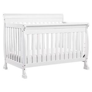 White Crib - 4/1 convertible DaVinci Kalini & Toddler conversion