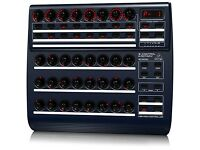 Behringer BCR2000 Total Recall USB/MIDI Controller Desk with 32 Illuminated Rotary Encoders