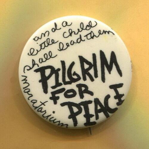 1969  Anti Vietnam War  Moratorium Protest Wash. D.C. Pilgrim 4 Peace Cause  Pin