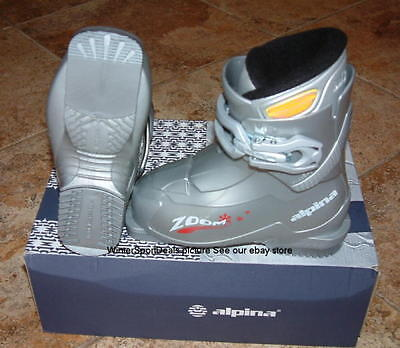 kids ski boots US 10.5 mondo 18  Alpina Zoom silver NEW (Alpina Kids Ski)