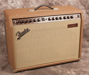 Amp. Fender Acoustasonic Junior